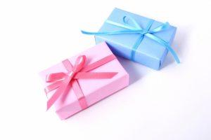 父の人母の日をまとめて渡す時のプレゼントとタイミング