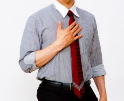 就活のクールビズでネクタイや半袖は?